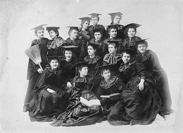 Judson photograph of graduates of Judson College in Marion, Alabama ca. 1900 (ADAH)