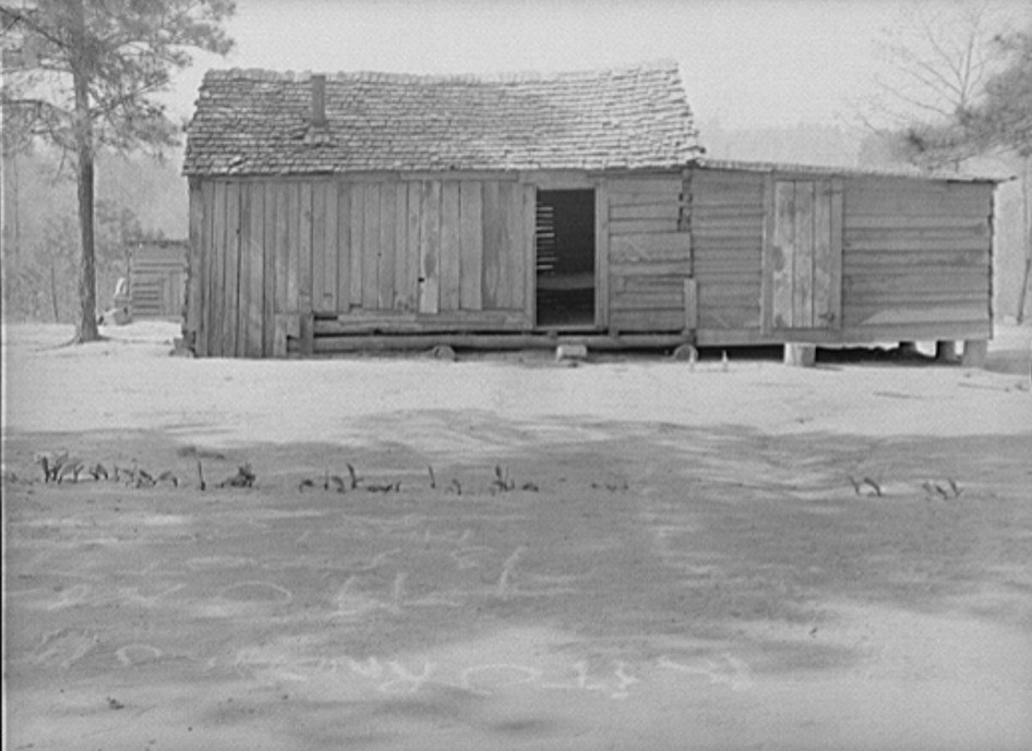 New home of family who formerly lived in camelback house near Elba. Coffee County, Alabama (Marion Post Walcott 1939, Library of Congress)