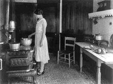 PATRON: RECIPE WEDNESDAY -Apple Chutney – canning recipe from 1946