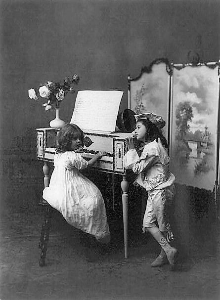 Love's young dream 1899 (Library of Congress) (2)