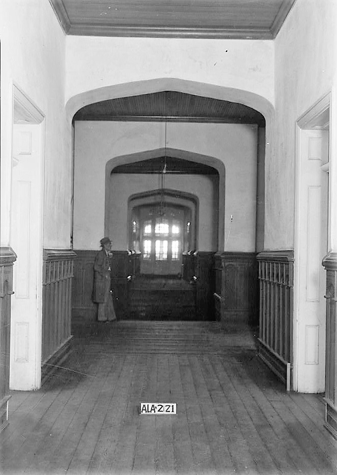 alex-bush-photographer-april-8-1935-view-toward-east-in-hallway-old-southern-university-university-avenue-college-street-greensboro-hale-county-al