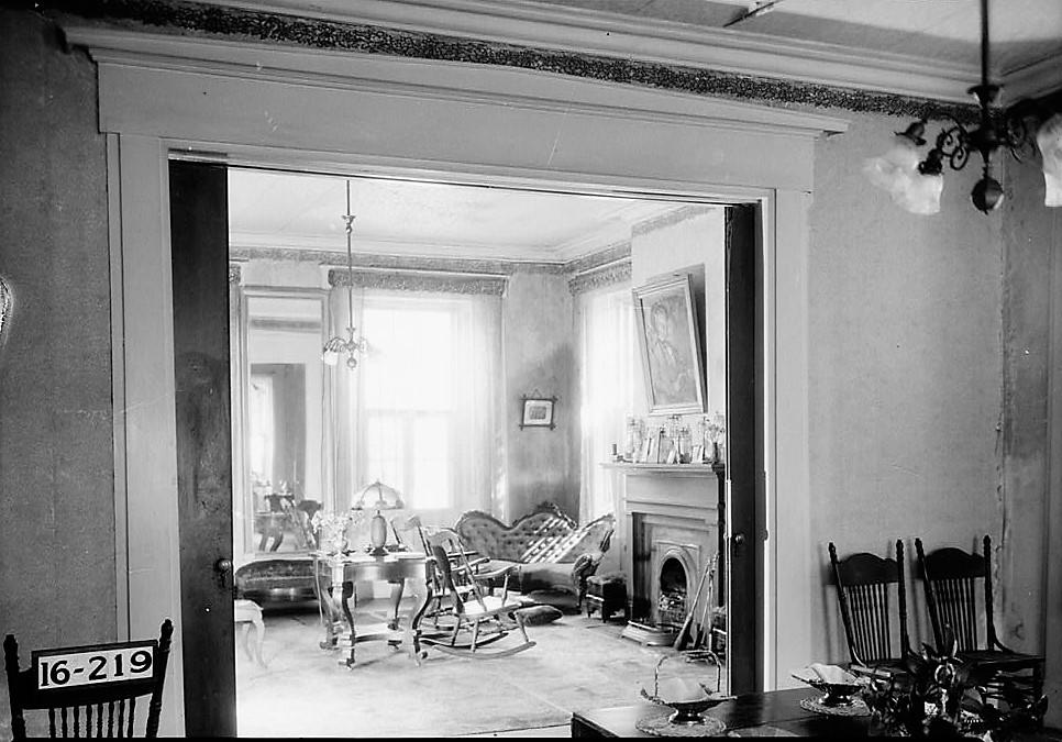 magnolia-grove-parlor-1st-floor-1934-loc