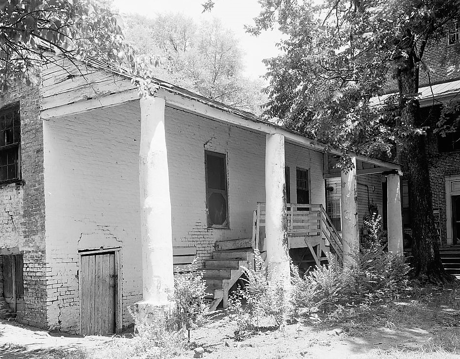 magnolia-grove-rear2-1934-loc