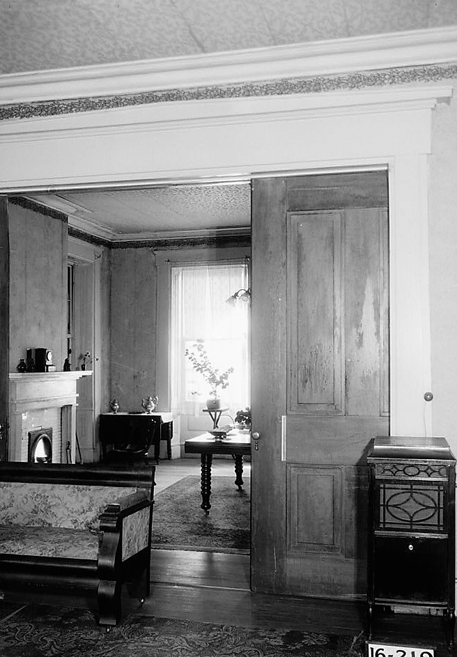magnolia-grove-view-from-living-room-to-dining-room-1934-loc