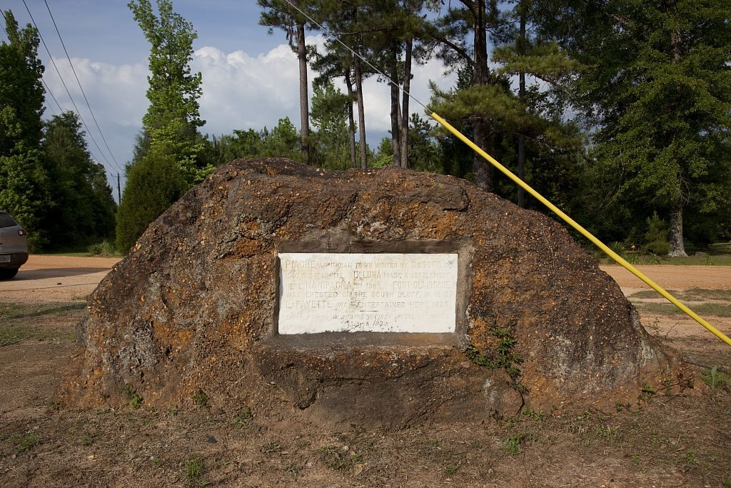 Piache, an indian town visited by Desoto in 1514 was near this monument. Fort Claiborne was also erected here in 1813 and visited by LaFayette in 1825.