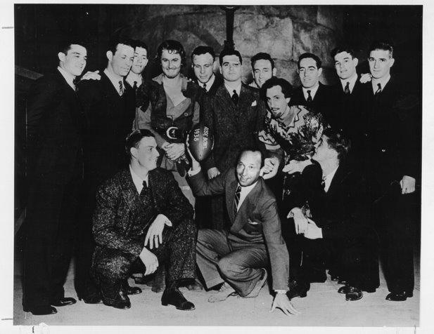 uof-a-1937-football-team-with-stars-errol-flynn-and-rathbone-university-of-alabama-library