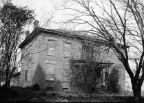 Haunted houses in Tuscumbia, Alabama hold many stories