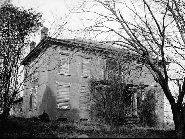 UPDATED WITH PODCAST -Haunted houses in Tuscumbia, Alabama hold many stories