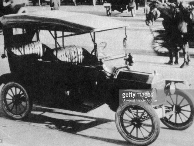 """""""Good ole days"""" Car ads were popular in Troy, Alabama on May 15, 1918"""