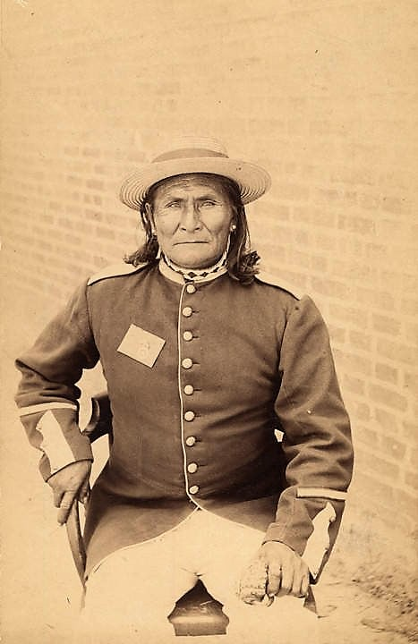 PATRON+ Apache Geronimo was imprisoned at Mt. Vernon, Alabama Part I
