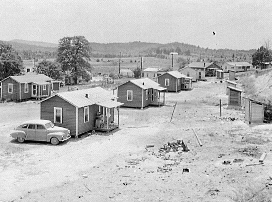PATRON + Old photos from 1942 in Childersburg, Alabama